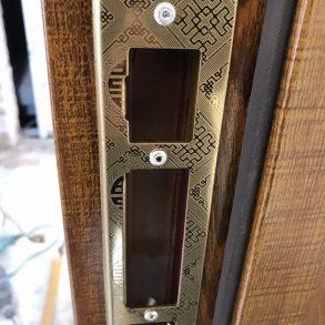 cửa thép vân gỗ Mạnh Nam